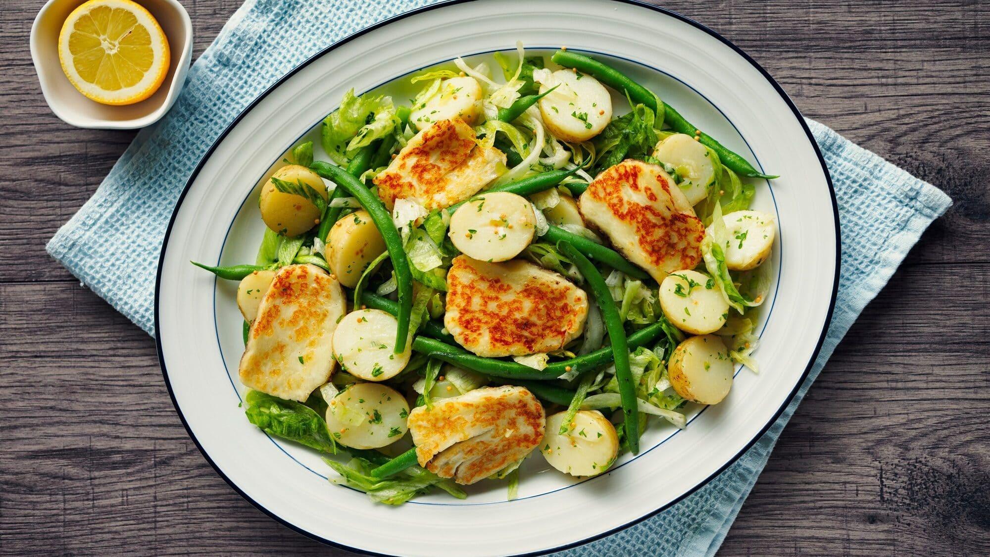 Kartoffelsalat mit Halloumi