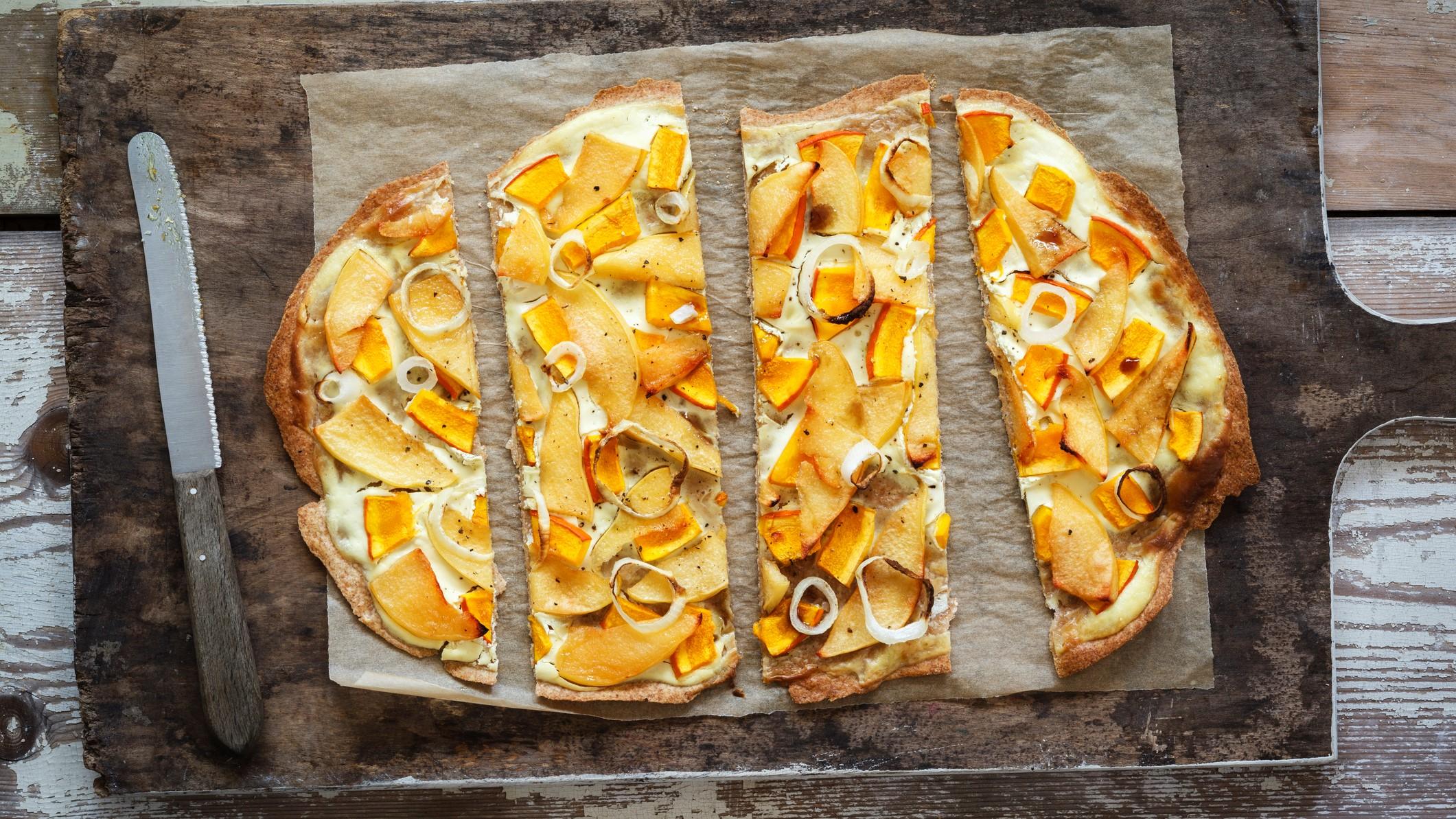 Kürbis-Quitte-Flammkuchen